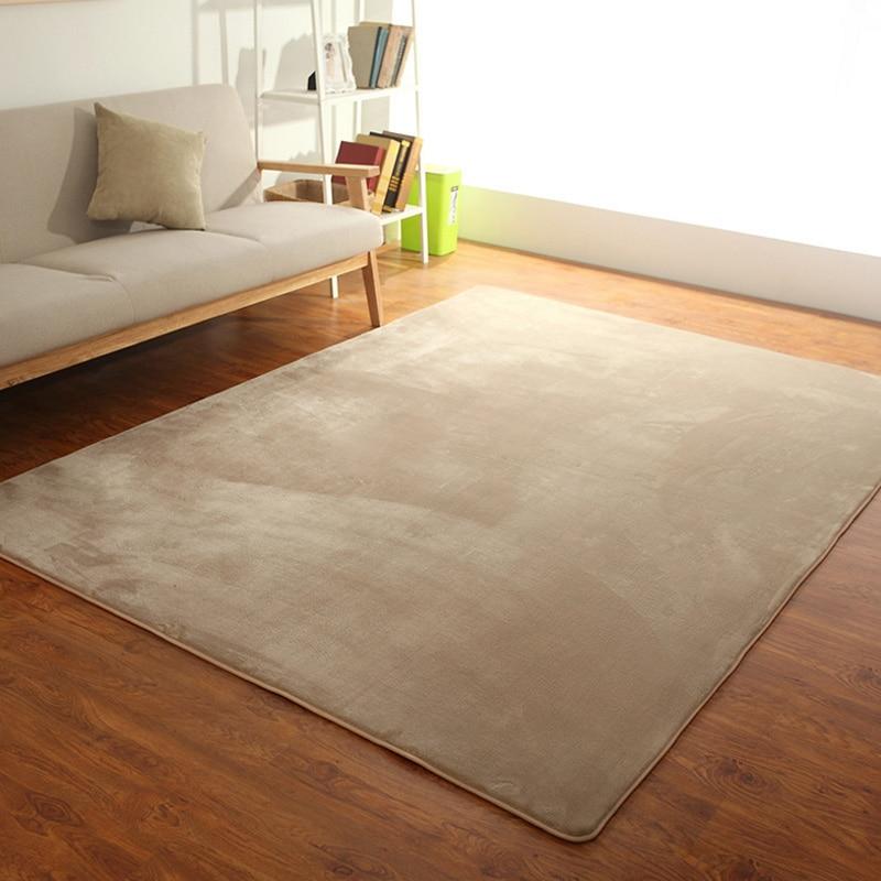 Jednoduchý příjemný koberec Domácnost a zahrada 2