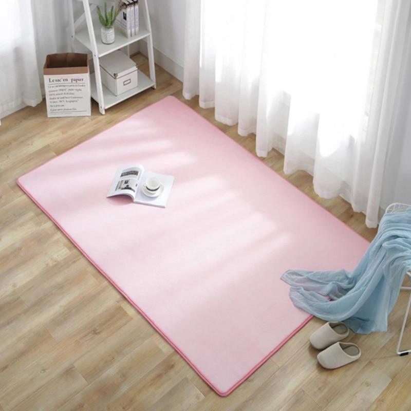 Jednoduchý příjemný koberec Domácnost a zahrada 4
