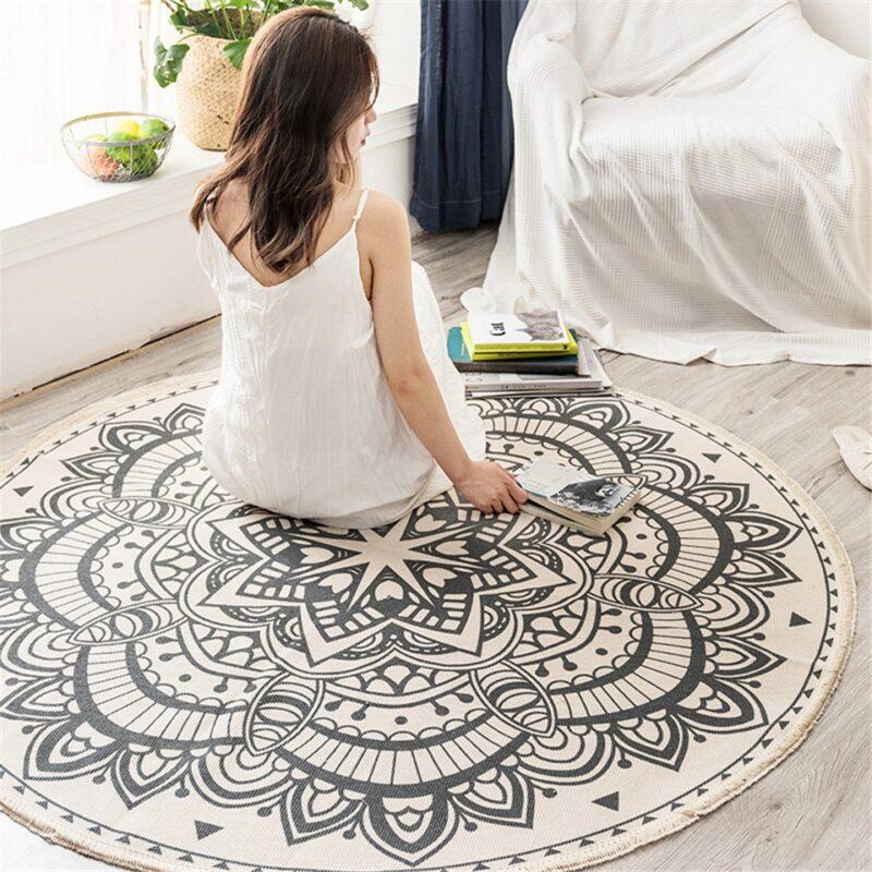 Kulatý koberec se vzorem Domácnost a zahrada 2