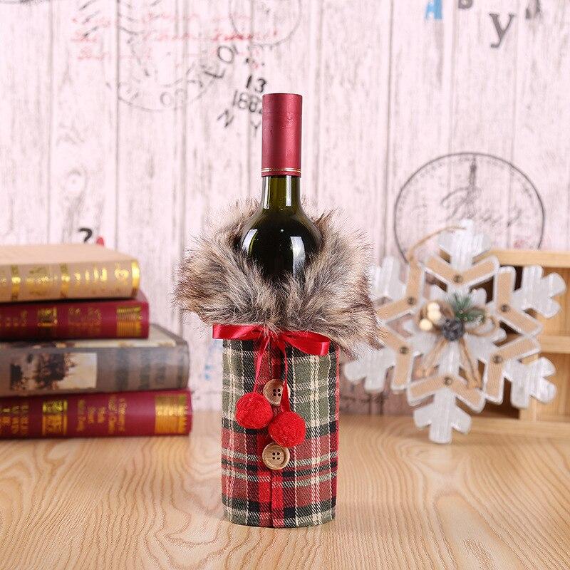 Vánoční nebo novoroční návlek na láhev na víno